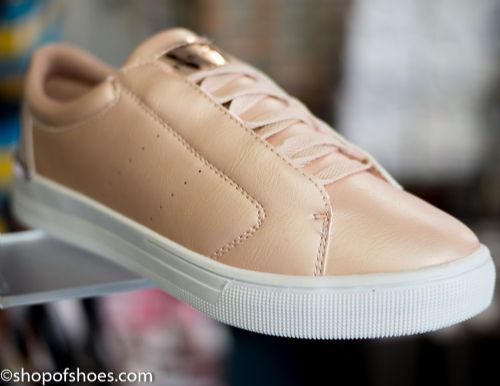 Womens soft gold faux leather leisure shoe